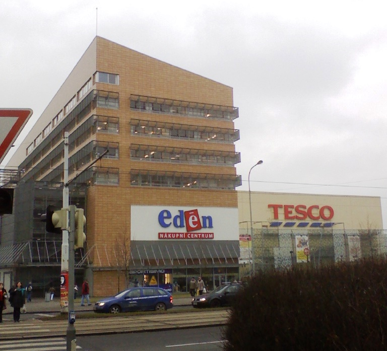 Tesco_headquarters_Czech